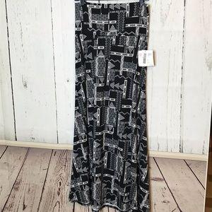 *3/$30* LuLaRoe Maxi Skirt